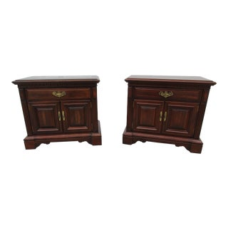 Kling Nightstands -A Pair