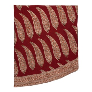 Long Andhra Paisley Round Tablecloth - Maroon For Sale