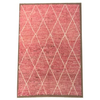 Vintage Pink and White Diamond Pattern Moroccan Style and Knotted Rug- 5′4″ × 8′ For Sale