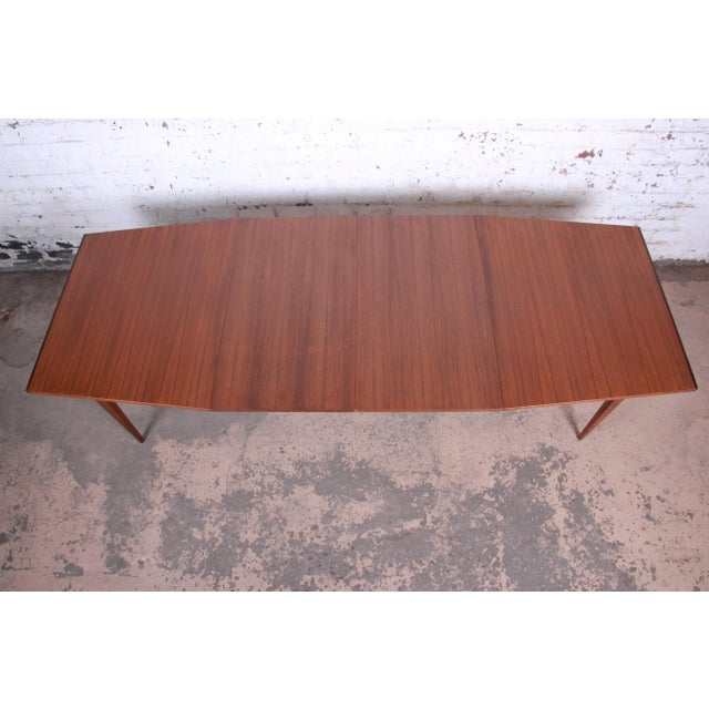 Calvin Furniture Kipp Stewart for Calvin American Design Foundation Walnut and Rosewood Boat-Shaped Extension Dining Table For Sale - Image 4 of 13