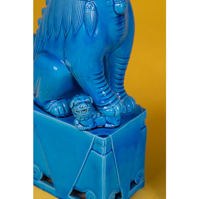 Oversize Pair of Vintage Turquoise Foo Dogs For Sale In Raleigh - Image 6 of 10