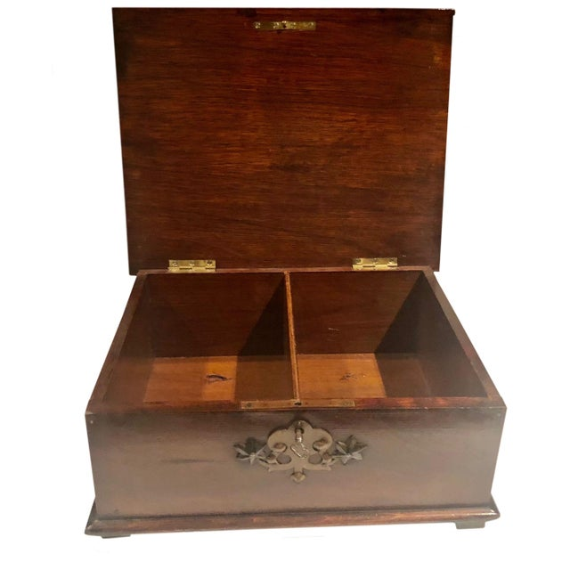 Antique Turn of the Century German Walnut Box For Sale In Tampa - Image 6 of 10