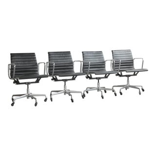Vintage Mid Century Eames Aluminum Group Executive Chairs- Set of 4 For Sale
