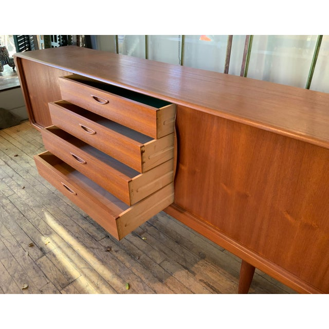 Danish 1950s Teak Credenza Cabinet For Sale In New York - Image 6 of 11