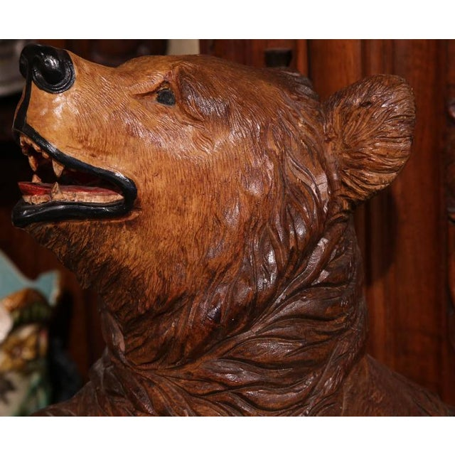 Black Forest Early 20th Century French Carved Black Forest Three-Gun Holder Bear Sculpture For Sale - Image 3 of 9