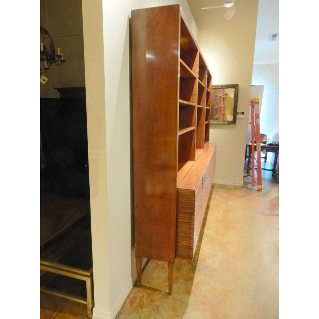Italian Mid-Century Modern Walnut Bookcase Cabinet by Paolo Buffa For Sale - Image 10 of 11