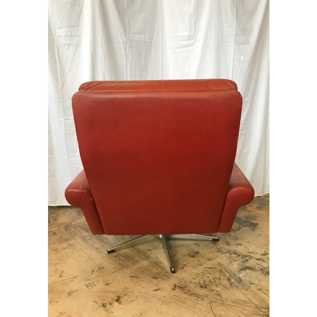 1960s 1960s Mid Century Modern Red Leather Swivel Chair For Sale - Image 5 of 9