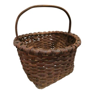 19th Century Country New York Taconic Hand Woven Splint Brown Gathering Basket For Sale