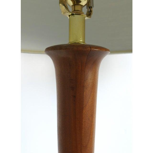 Studio Mid-Century Modern Turned Wood Lamp For Sale - Image 4 of 9