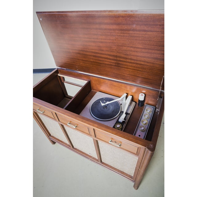 Mid-Century Rca Turntable Console - Image 4 of 4