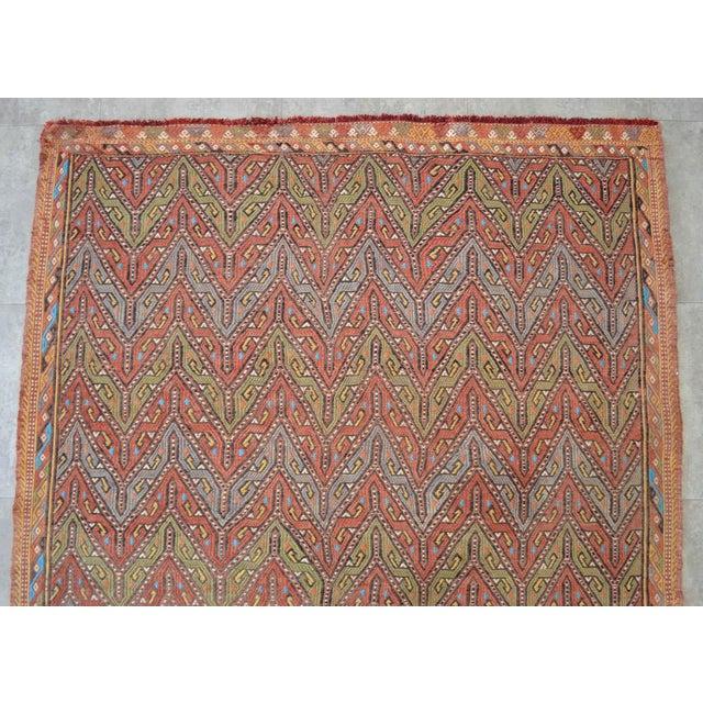 "1950s Antique Turkish Kilim Rug Hand Woven Wool Jajim Braided Area Rug - 5'6"" X 8'3"" For Sale - Image 5 of 10"