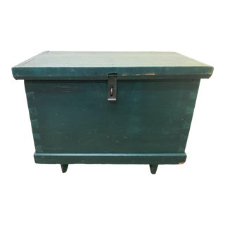 19th Century Rustic Hunter Green Painted Pine Trunk For Sale