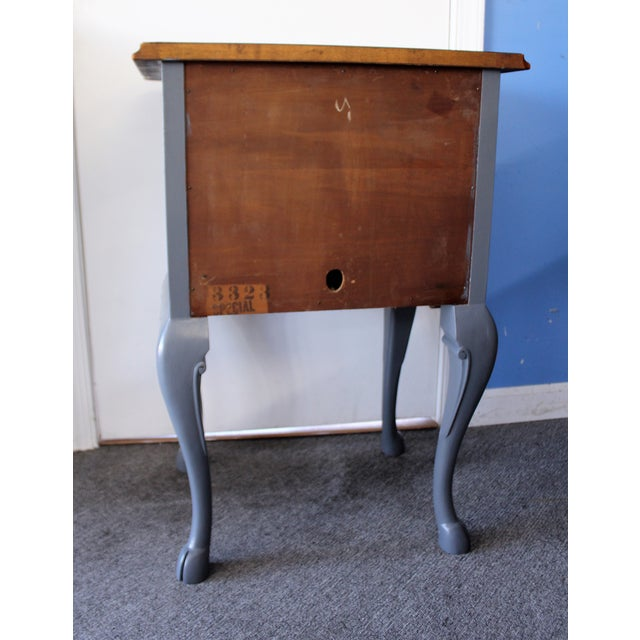 Country French Charcoal Gray Side/End Table - Image 5 of 10