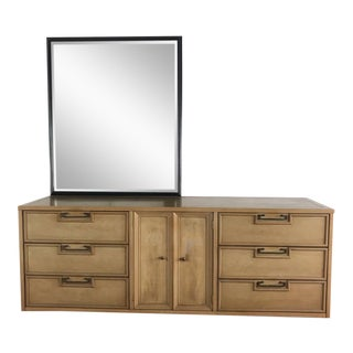 Hollywood Regency American Martinsville Dresser With Mirror For Sale
