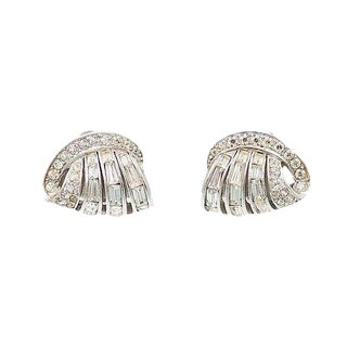 1953 Vintage Boucher Rhinestone Earrings For Sale