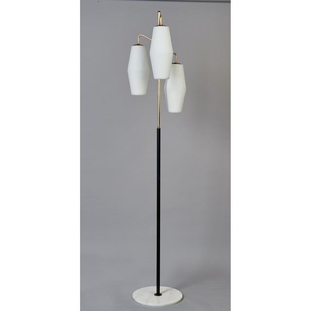 Mid-Century Modern Stilnovo Monumental Floor Lamp in Marble and White Glass, Italy 1950's For Sale - Image 3 of 9