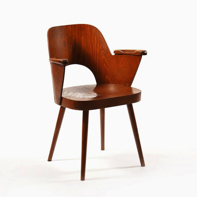 - Beech plywood construction by Oswald Haerdtl for TON (formerly Thonet) - Very good original condition - This listing is...