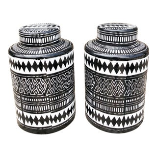 Graphic Black & White Ginger Jars, Pair For Sale