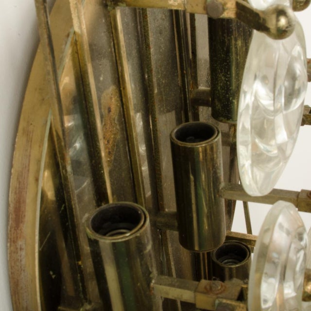1965 Mid-Century Italian Glass And Brass Wall Sconce For Sale - Image 11 of 13