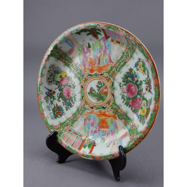 Gorgeous Antique Chinese Export Rose Medallion Serving Bowl - Image 4 of 11