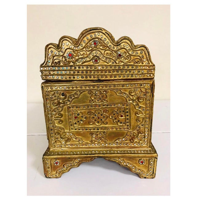 1950s Giltwood Jeweled Box For Sale - Image 9 of 12