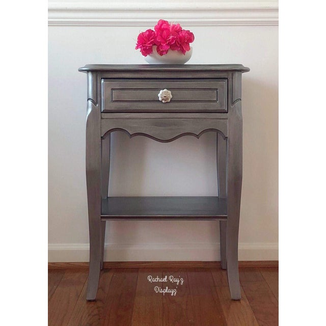 2010s Antique Silver Metallic French Provincial Dainty Nightstand/End Table/Bedside Table For Sale - Image 5 of 6