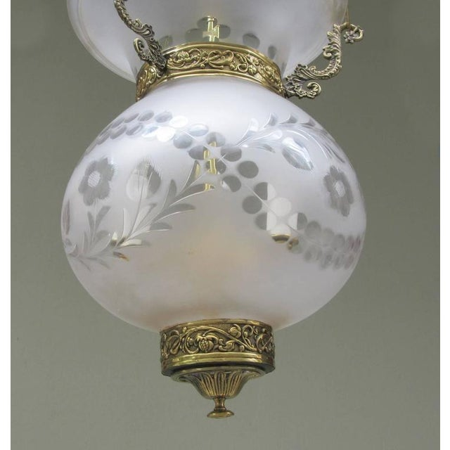 Early 19th Century English Regency Frosted and Etched Glass Bell Jar Lantern For Sale - Image 5 of 7