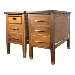 1950s Industrial Lincoln Desk Big Chunky End Tables - a Pair For Sale