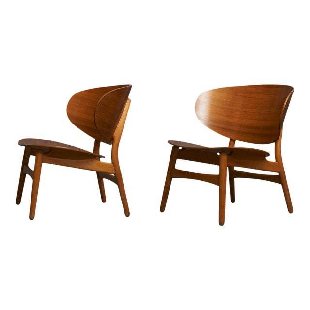 Hans Wegner Shell Lounge Chairs For Sale