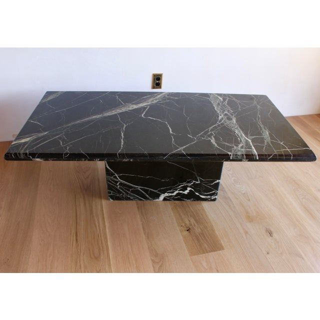 Sculptural Mid-Century Italian Vert d'Egypt Green Marble Pedestal Coffee Table For Sale - Image 10 of 13