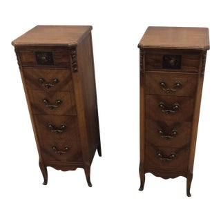 1920-1930 20th Century Traditional 5 Drawer Oak Nightstands - a Pair For Sale
