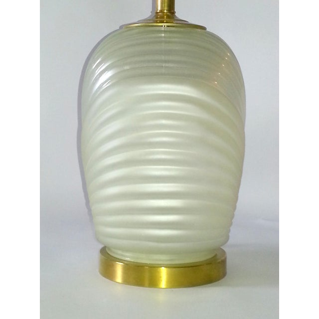 Hollywood Regency Glass & Brass Table Lamp For Sale - Image 4 of 7