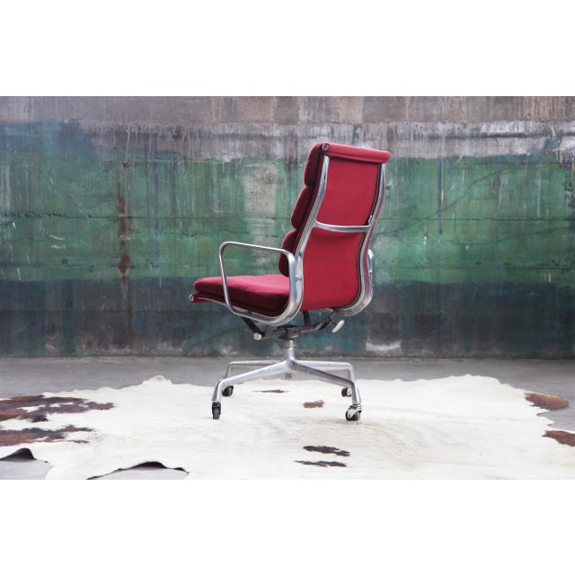 1980s Eames Herman Miller Aluminum Soft Pad Reclining Executive Office Chair For Sale - Image 10 of 13