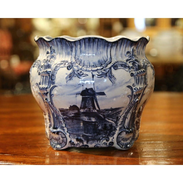Large 19th Century Dutch Hand-Painted Blue and White Ceramic Delft Cachepot For Sale - Image 4 of 10