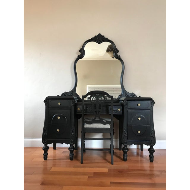 Traditional Joerns Brothers Black Mahogany Antique Make-Up Vanity With  Chair For Sale - Image - Joerns Brothers Black Mahogany Antique Make-Up Vanity With Chair