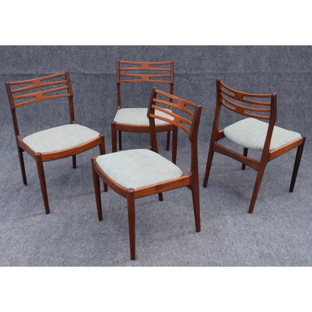 Danish Modern Vintage Johannes Andersen for Vamo Mobelfabrik Danish Modern Teak Model 101 Dining Chairs - Set of 4 For Sale - Image 3 of 7