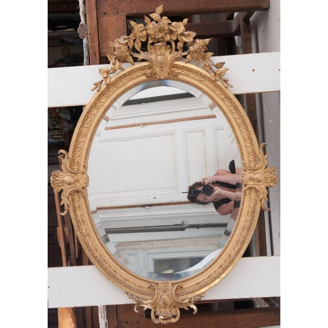 French 19th Century Oval Gold Gilt Mirror For Sale - Image 4 of 10
