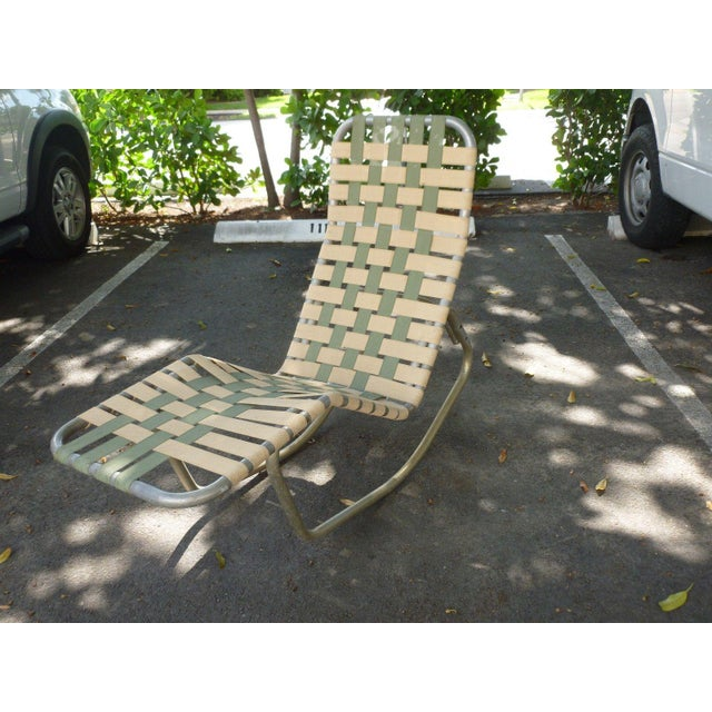 1950s Vintage Aluminum Webbed Surfboard Pool Rocking Lounge Chair For Sale - Image 9 of 9