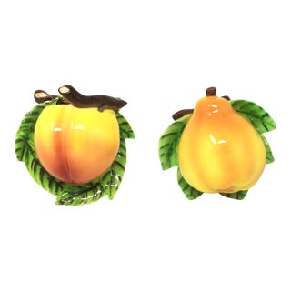 Vintage Ceramic Peach and Pear Wall Pockets - Set of 2 For Sale