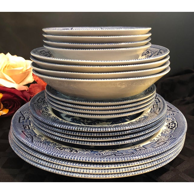 Late 20th Century Traditional English Churchill Blue Willow Dinner, Bread, Salad Plates, Soup, Cereal Bowls - 20 Pieces For Sale - Image 5 of 13