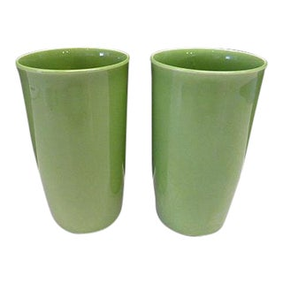Vernon Kilns Casual California Pottery Lime Green Mid Century Modern Tumbler - A Pair For Sale