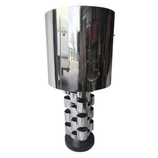 BRUTALIST POLISHED CHROME TABLE LAMP BY CURTIS JERE For Sale