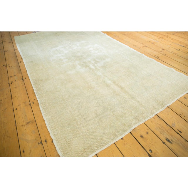 """Beige Distressed Oushak Rug - 4'6"""" X 8' For Sale - Image 8 of 13"""