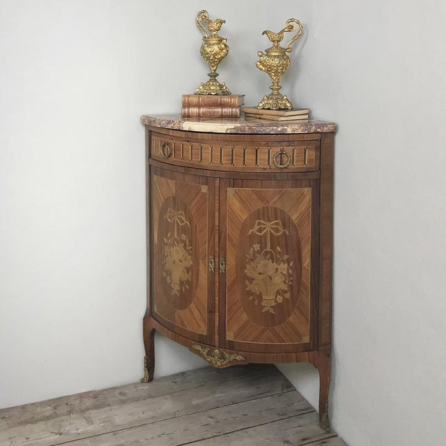 Louis XVI 19th Century French Louis XVI Marquetry Marble Top Corner Cabinet For Sale - Image 3 of 13