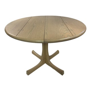 Mid- Century Modern Conant Ball Round Pedestal Table For Sale