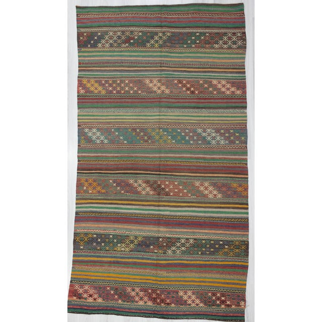 1960s Turkish Embroidered Kilim Rug For Sale In Los Angeles - Image 6 of 6