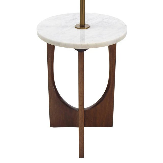 Walnut Base Marble-Top Table Lamp For Sale In New York - Image 6 of 7