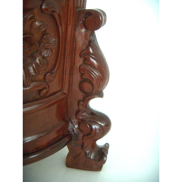 Carved Umbrella Stand With Stylised Birds and Shells - Image 4 of 5