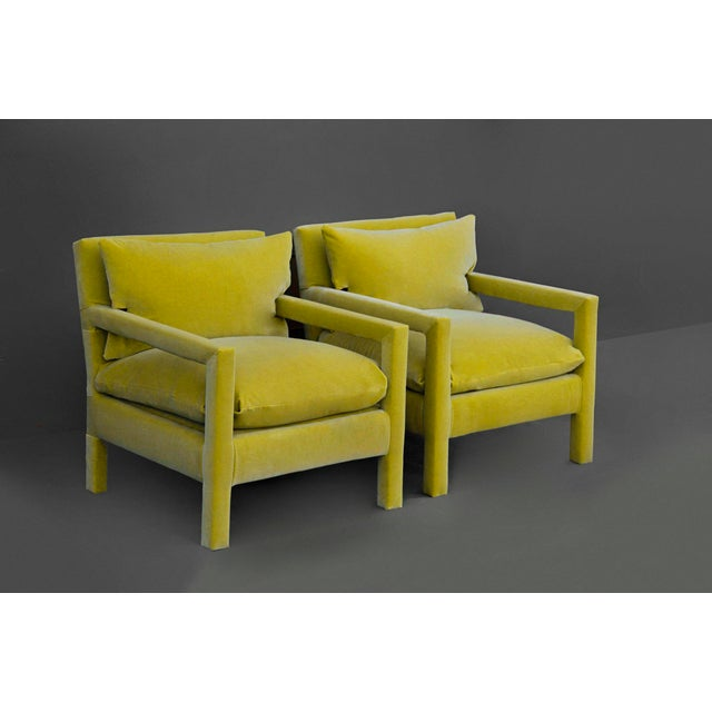 Americana 1970s Contemporary Milo Baughman Reupholstered Yellow Velvet Parsons Chairs - a Pair For Sale - Image 3 of 5