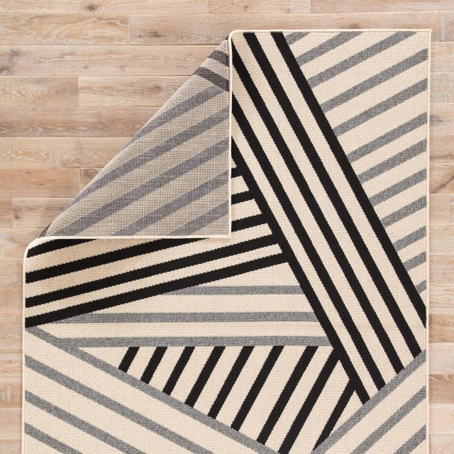 Jaipur Living Begley Indoor/ Outdoor Geometric Black/ Gray Area Rug - 2′ × 3′7″ For Sale - Image 4 of 6